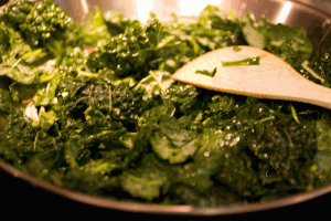 Sauteed Kale With Almonds And Raisins